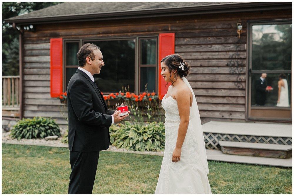 lindybeth photography - huisinga wedding - gable hill - blog-39.jpg
