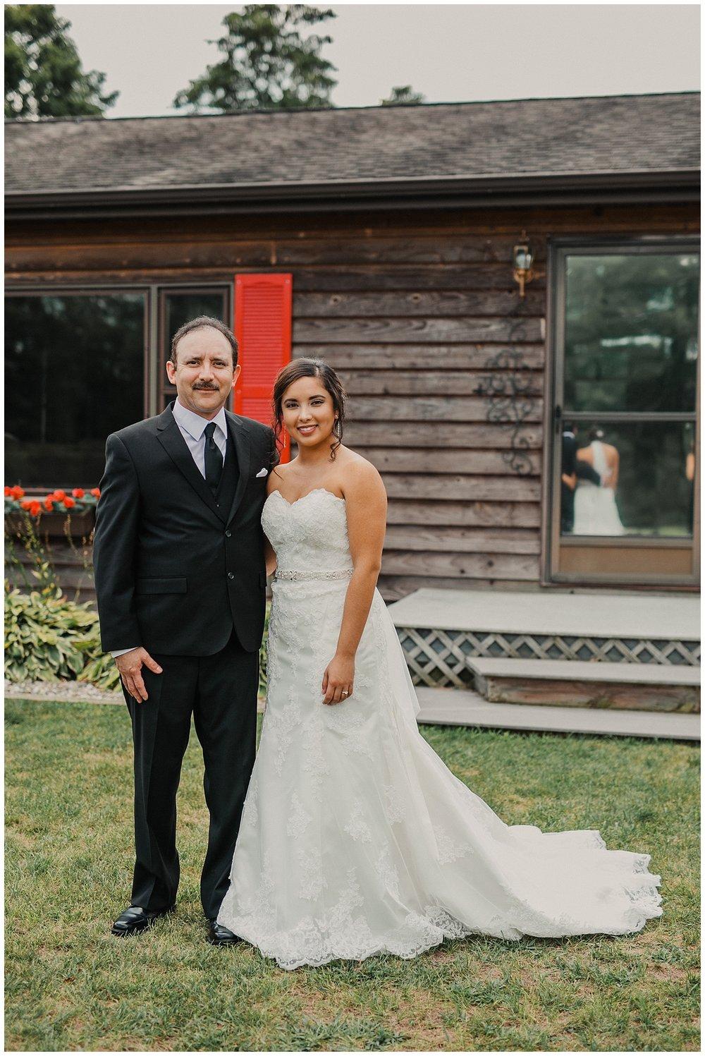 lindybeth photography - huisinga wedding - gable hill - blog-40.jpg