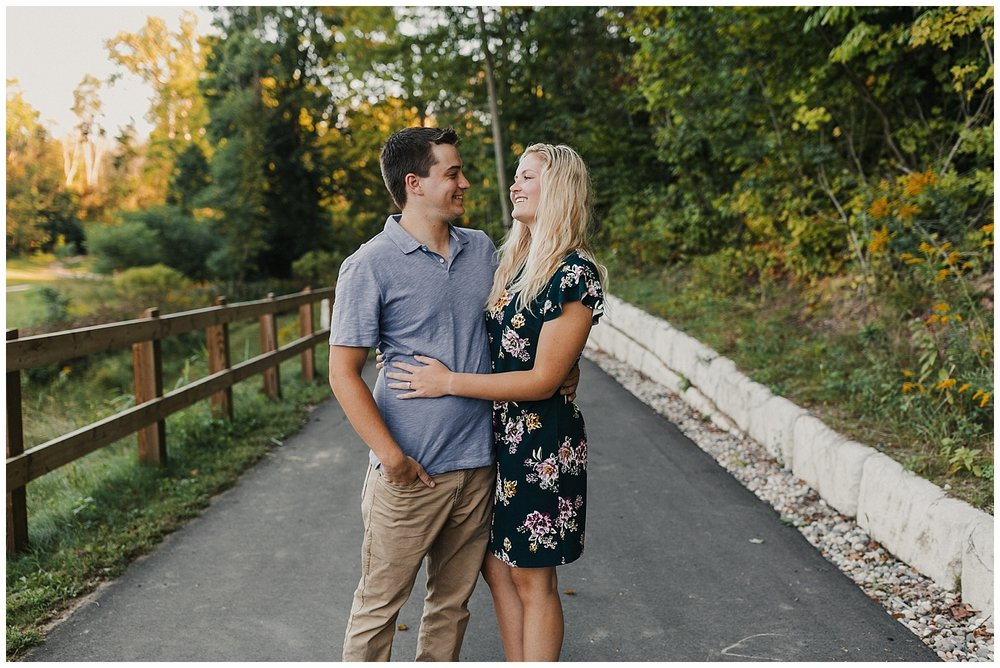 lindybeth photography - engagement pictures - lily derek-6.jpg