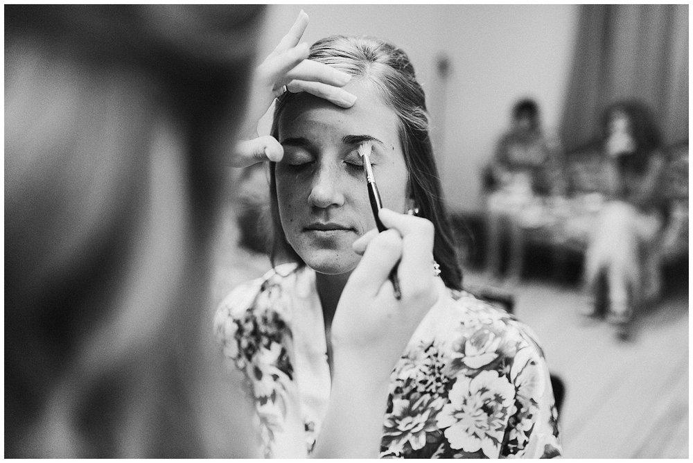 lindybeth photography - bravo wedding - blissful barn - blog-17.jpg