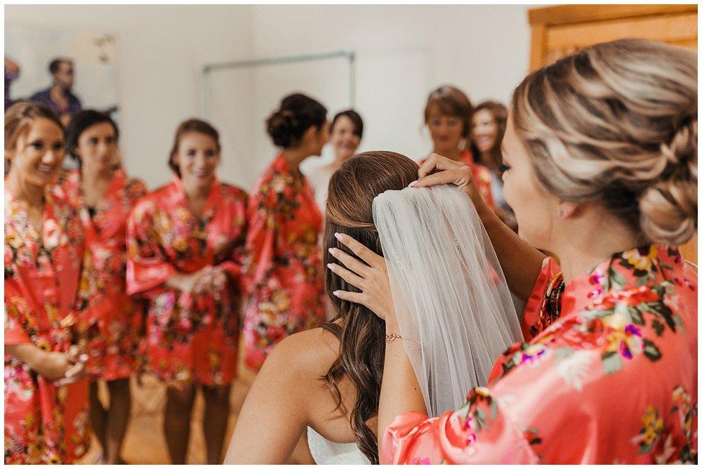 lindybeth photography - bravo wedding - blissful barn - blog-44.jpg