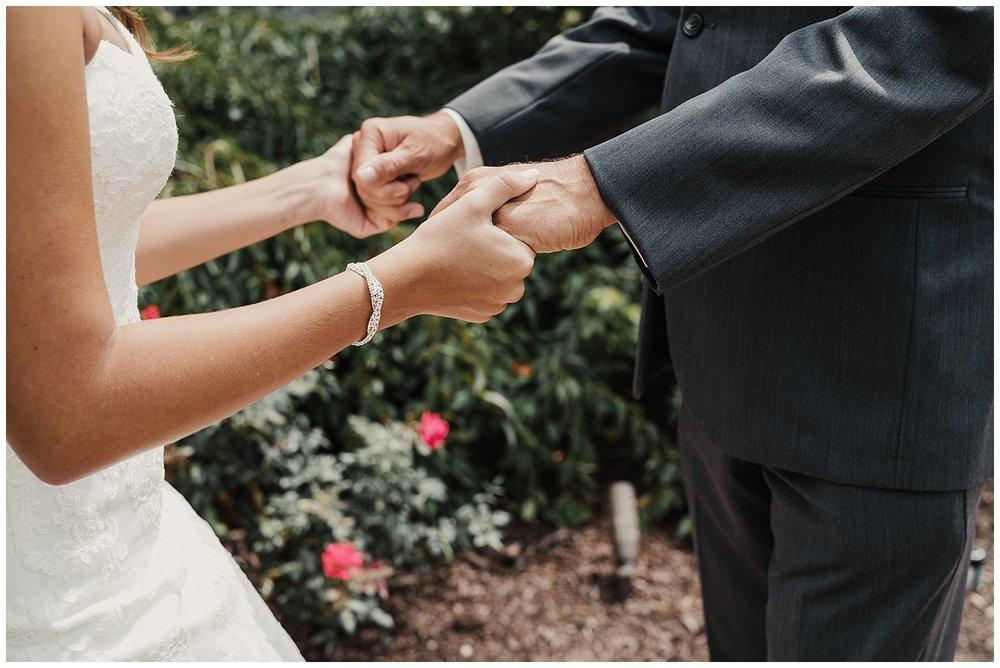 lindybeth photography - bravo wedding - blissful barn - blog-50.jpg