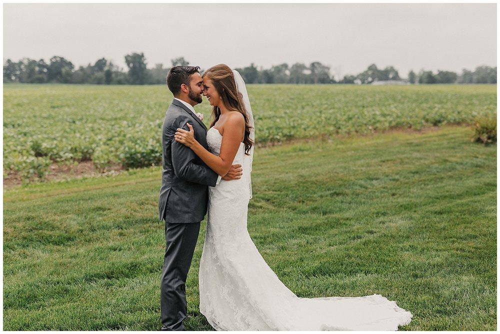 lindybeth photography - bravo wedding - blissful barn - blog-60.jpg