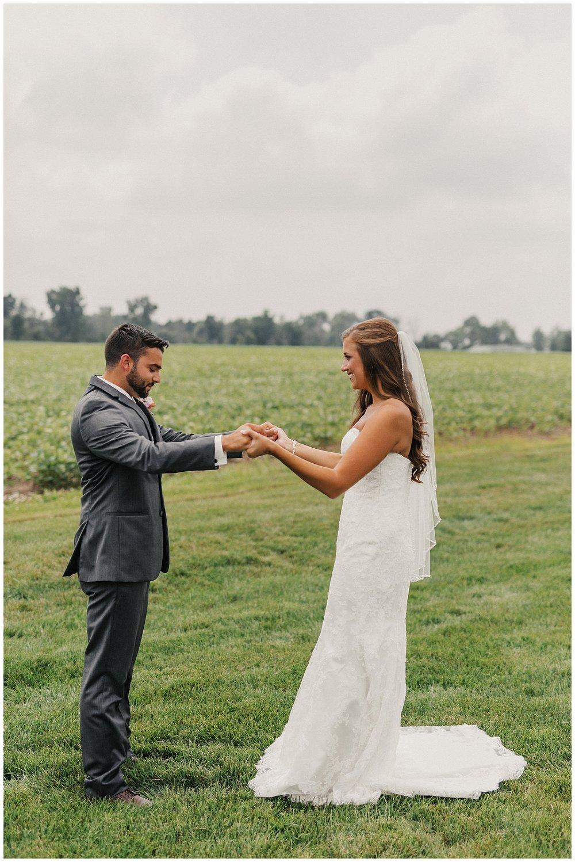 lindybeth photography - bravo wedding - blissful barn - blog-59.jpg
