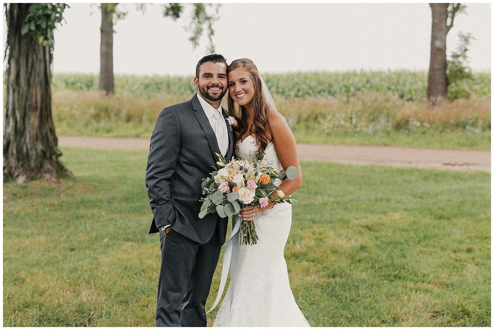 lindybeth photography - bravo wedding - blissful barn - blog-65.jpg