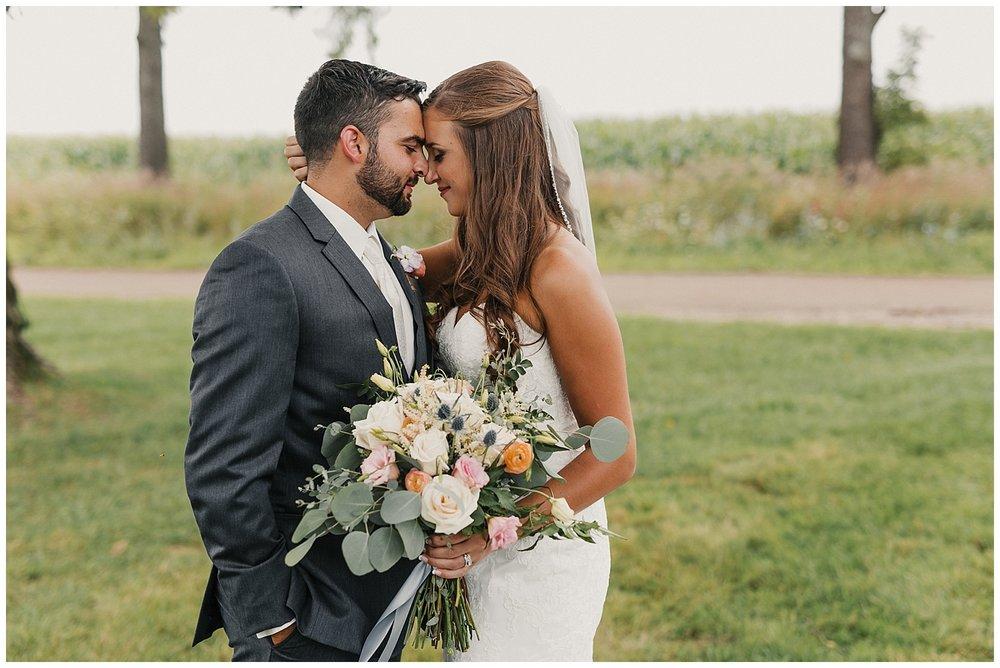 lindybeth photography - bravo wedding - blissful barn - blog-66.jpg