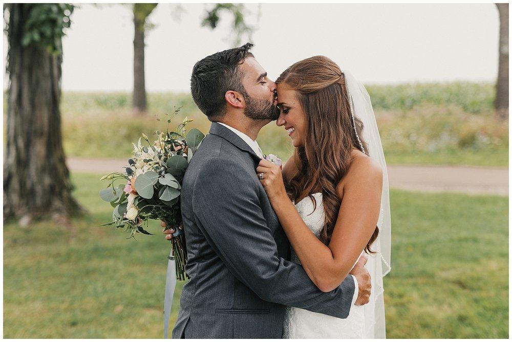 lindybeth photography - bravo wedding - blissful barn - blog-68.jpg
