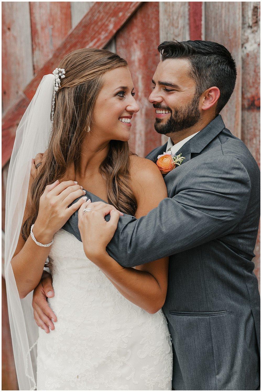 lindybeth photography - bravo wedding - blissful barn - blog-74.jpg
