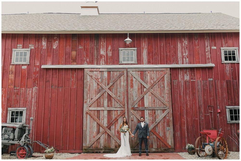 lindybeth photography - bravo wedding - blissful barn - blog-76.jpg