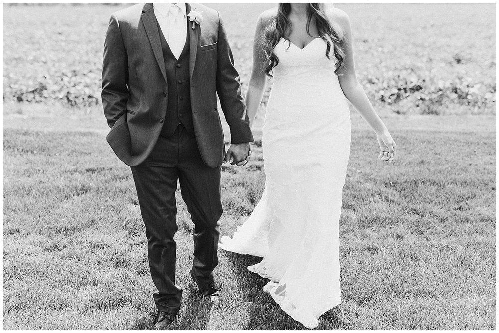 lindybeth photography - bravo wedding - blissful barn - blog-84.jpg