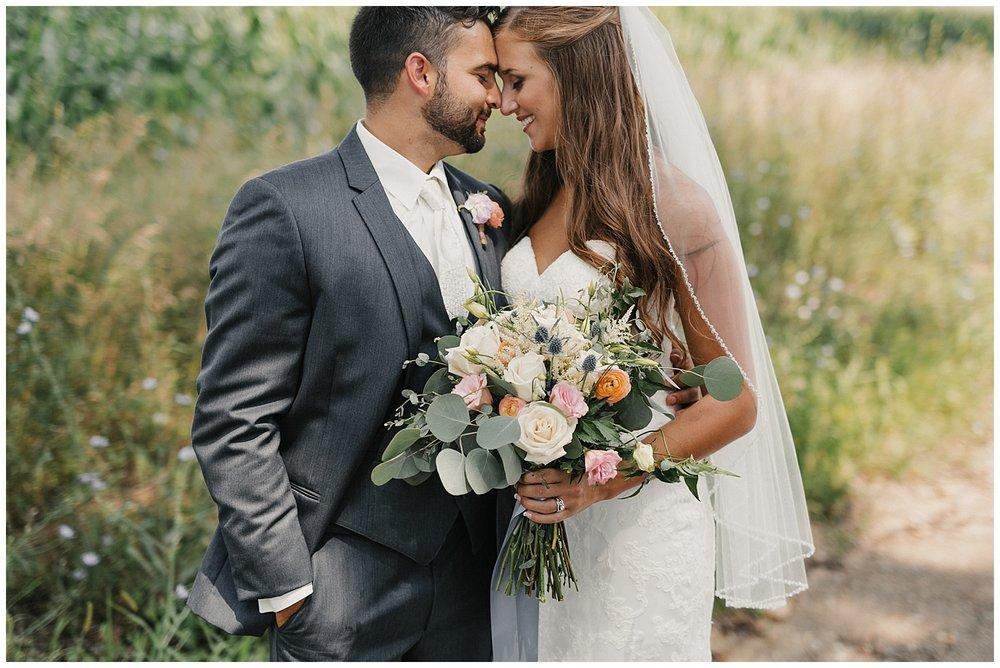 lindybeth photography - bravo wedding - blissful barn - blog-100.jpg