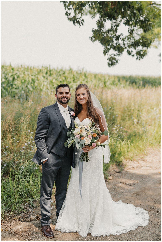 lindybeth photography - bravo wedding - blissful barn - blog-99.jpg
