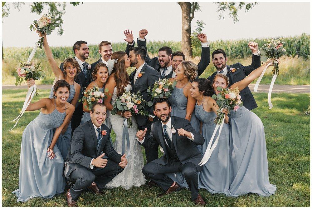 lindybeth photography - bravo wedding - blissful barn - blog-131.jpg