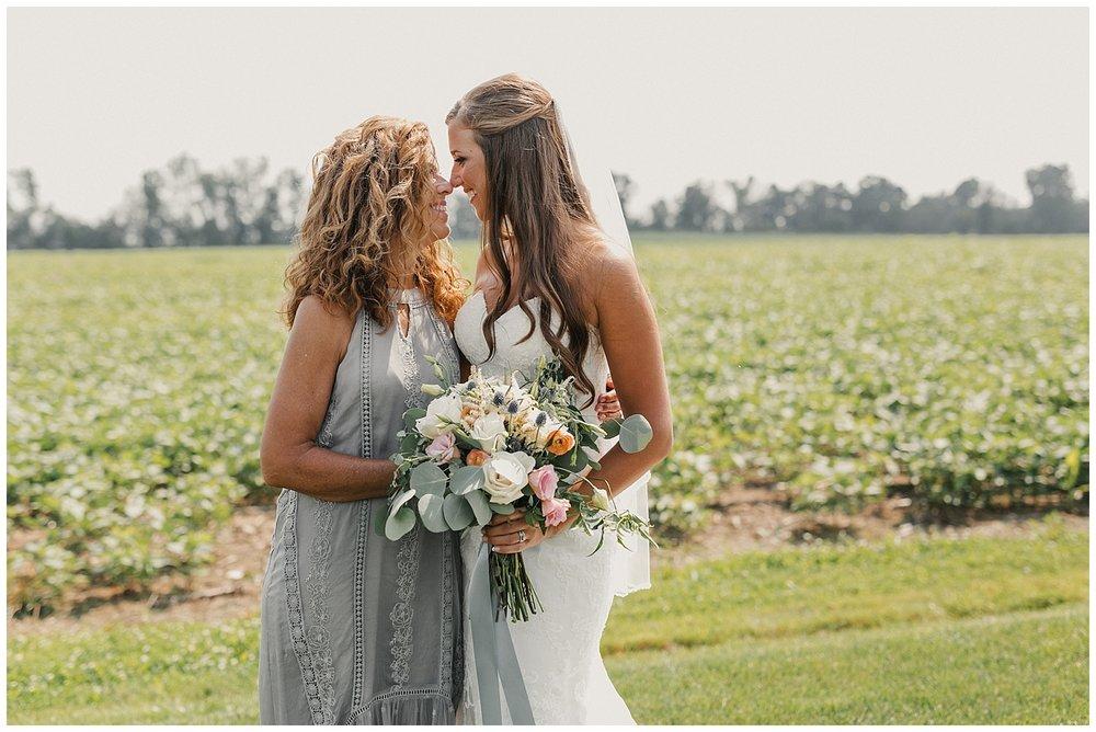 lindybeth photography - bravo wedding - blissful barn - blog-134.jpg