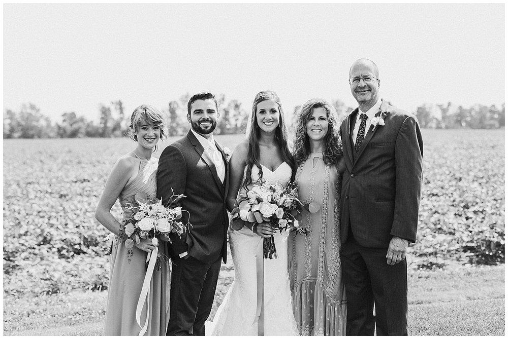 lindybeth photography - bravo wedding - blissful barn - blog-135.jpg