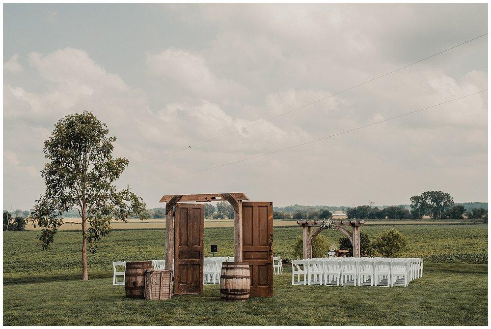 lindybeth photography - bravo wedding - blissful barn - blog-139.jpg