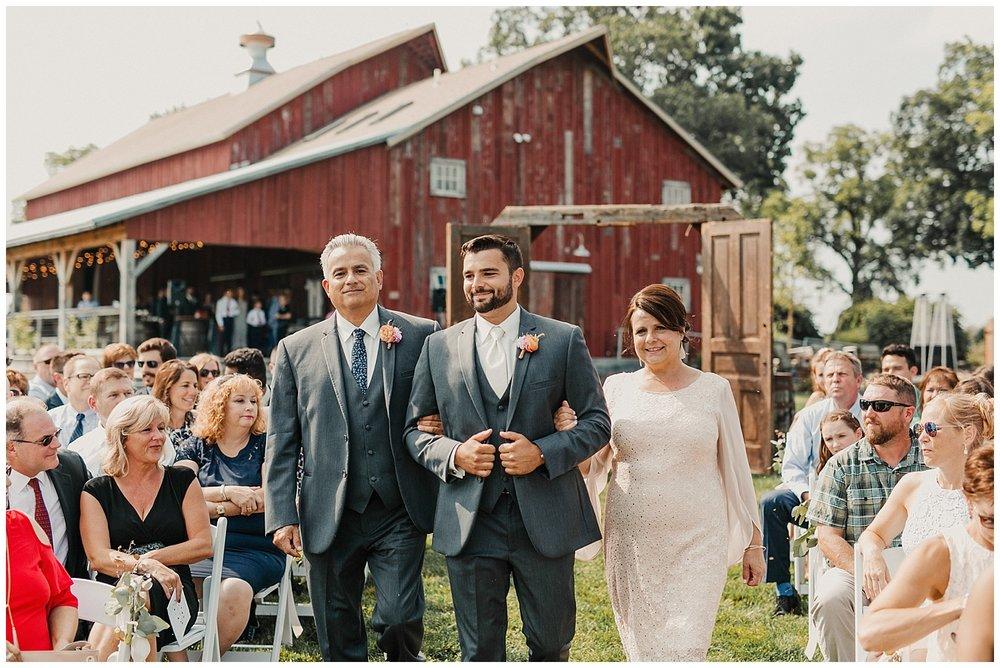 lindybeth photography - bravo wedding - blissful barn - blog-144.jpg