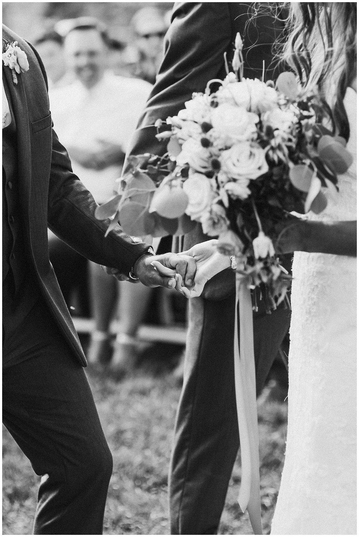 lindybeth photography - bravo wedding - blissful barn - blog-158.jpg