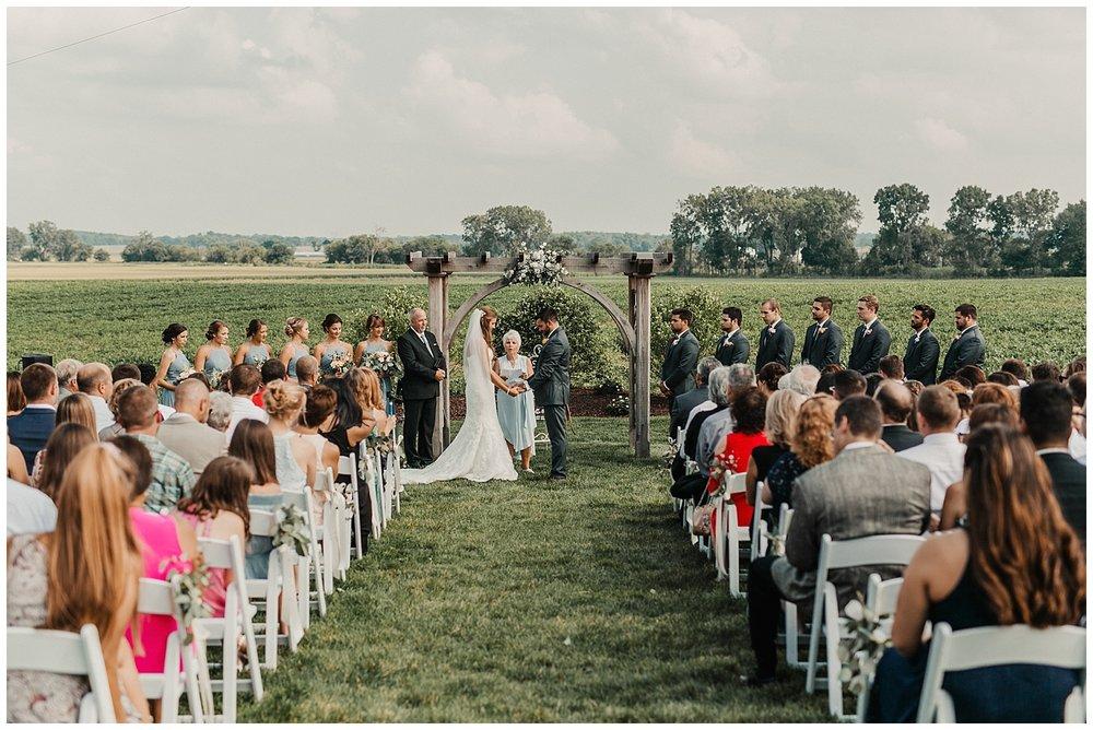 lindybeth photography - bravo wedding - blissful barn - blog-159.jpg