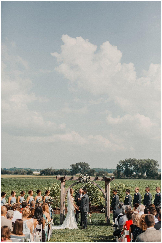 lindybeth photography - bravo wedding - blissful barn - blog-162.jpg