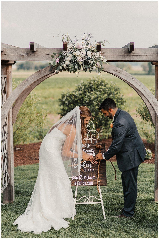 lindybeth photography - bravo wedding - blissful barn - blog-165.jpg