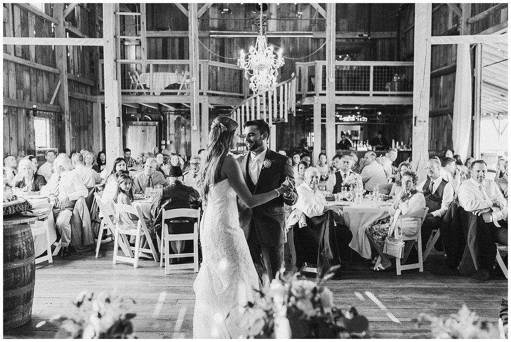 lindybeth photography - bravo wedding - blissful barn - blog-195.jpg