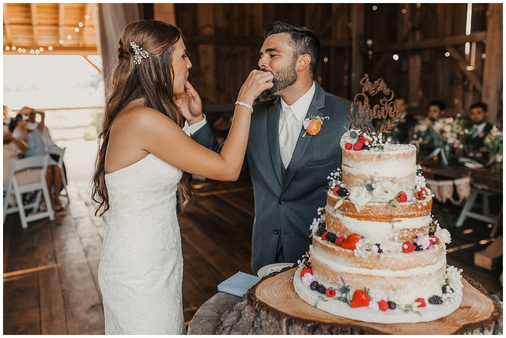 lindybeth photography - bravo wedding - blissful barn - blog-202.jpg
