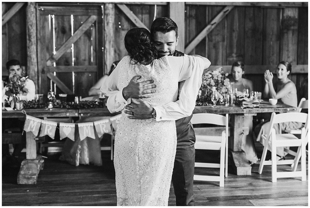 lindybeth photography - bravo wedding - blissful barn - blog-222.jpg