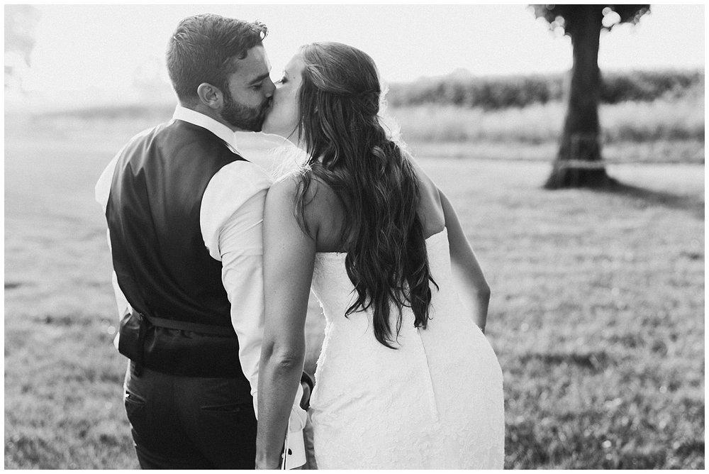 lindybeth photography - bravo wedding - blissful barn - blog-227.jpg