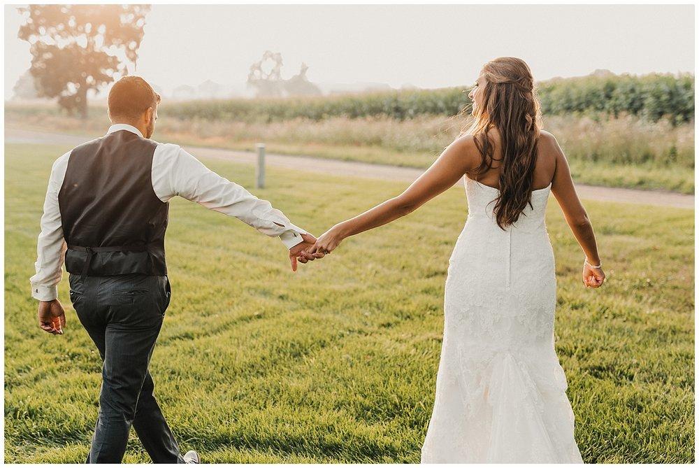 lindybeth photography - bravo wedding - blissful barn - blog-228.jpg