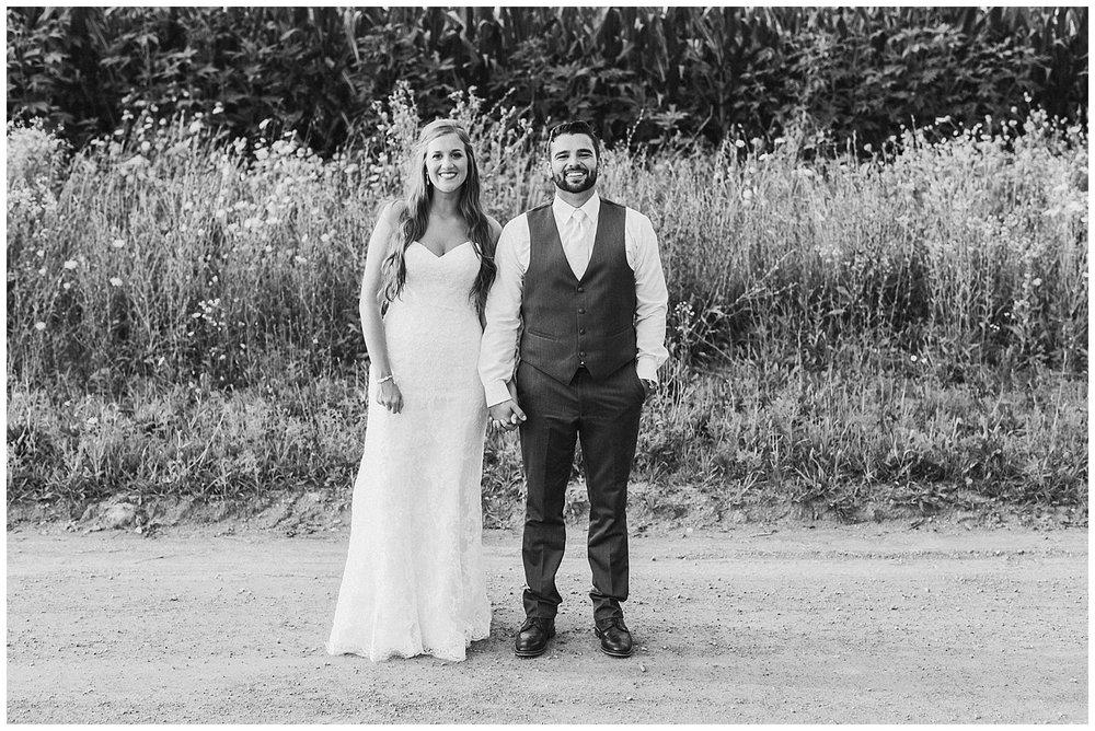 lindybeth photography - bravo wedding - blissful barn - blog-234.jpg