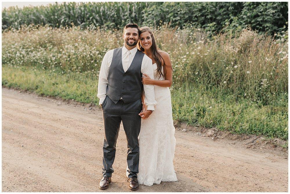 lindybeth photography - bravo wedding - blissful barn - blog-241.jpg