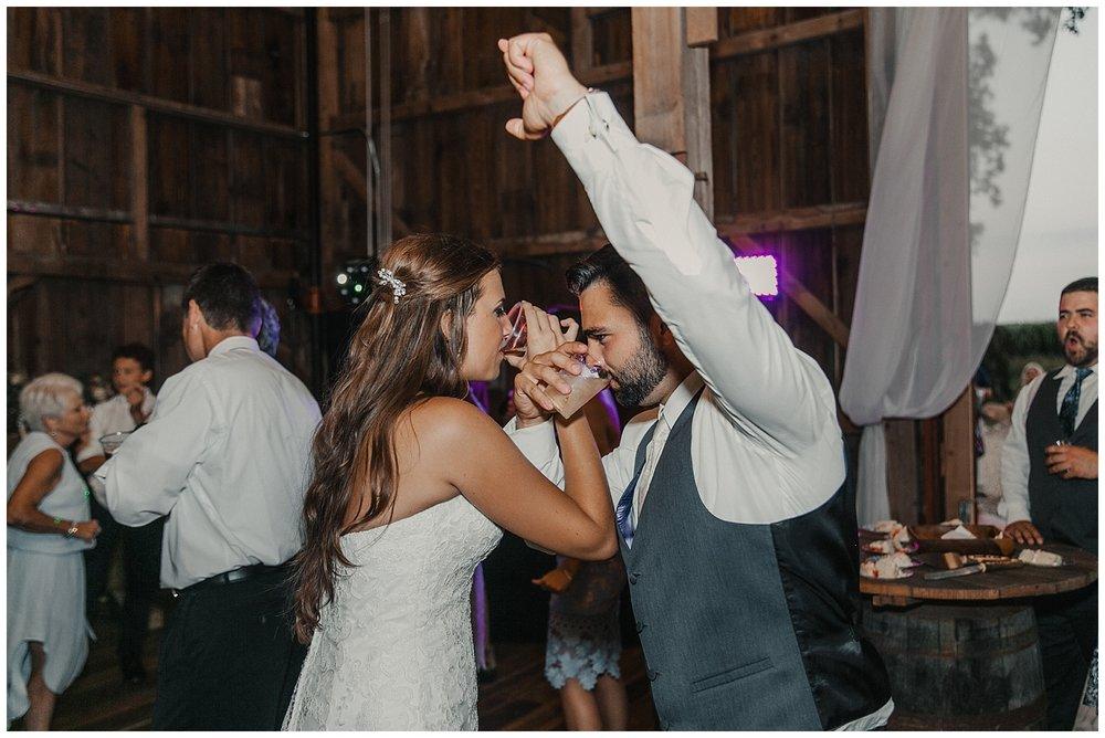 lindybeth photography - bravo wedding - blissful barn - blog-254.jpg