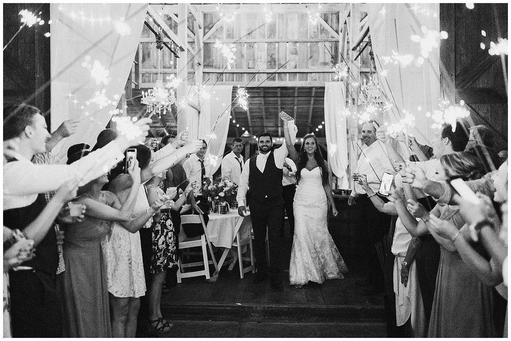 lindybeth photography - bravo wedding - blissful barn - blog-265.jpg