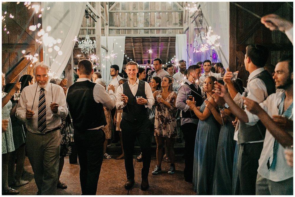 lindybeth photography - bravo wedding - blissful barn - blog-263.jpg