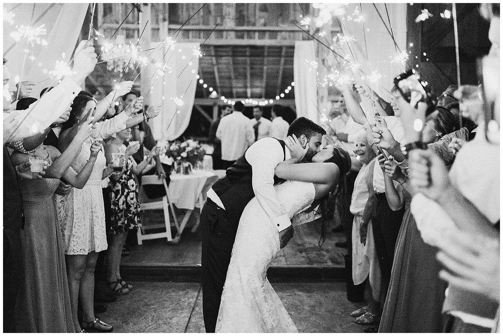 lindybeth photography - bravo wedding - blissful barn - blog-266.jpg