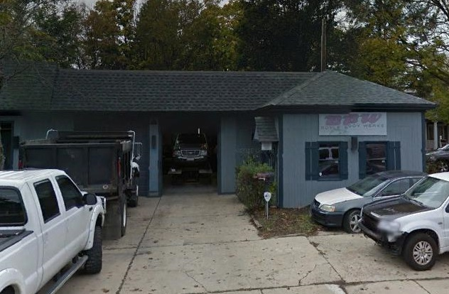 This is a current Google Earth photo of  311-313 N 5th Street  in St Charles, the present home of Boyle Body Shop.