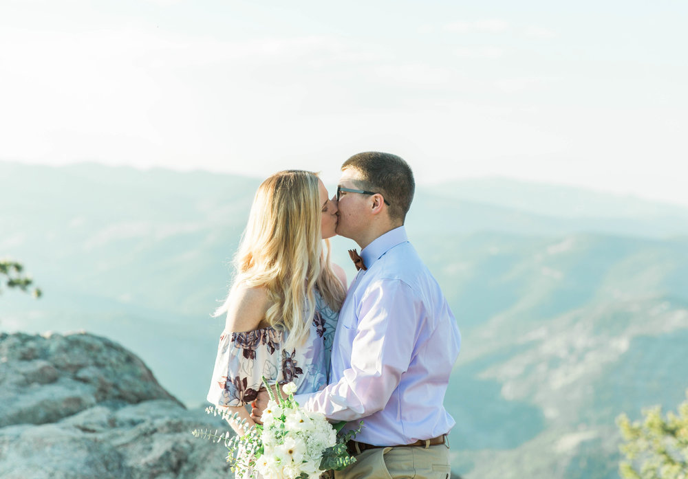 Colorado wedding elopement engagement photographer photography vail aspen Denver Dillon Breckenridge maroon bells Colorado Springs boulder New Mexico Santa Fe Telluride