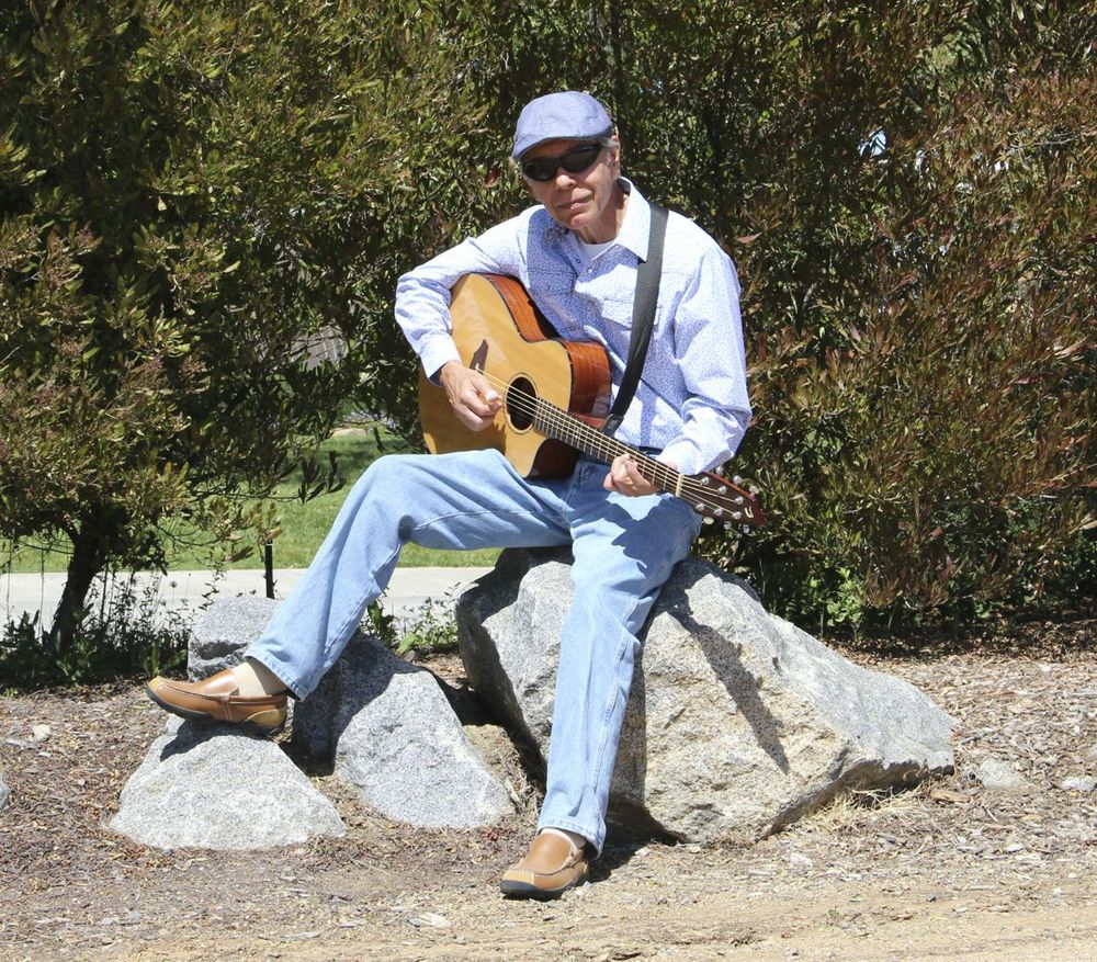 Don Luna acoustic guitar performer vista, california