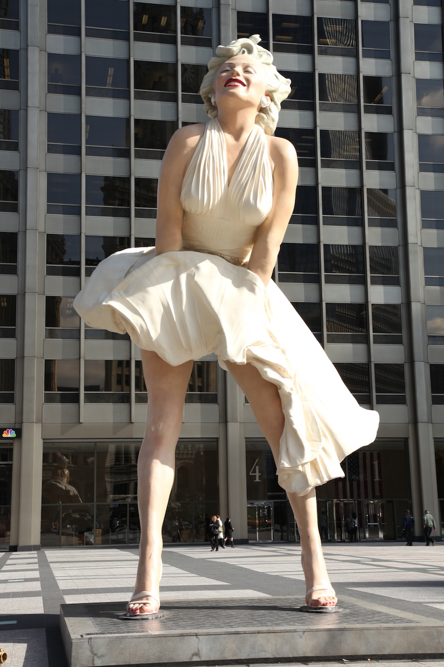 Fig 14: A statue of Marilyn Monroe temporarily located in the forecourt of a tower in Chicago