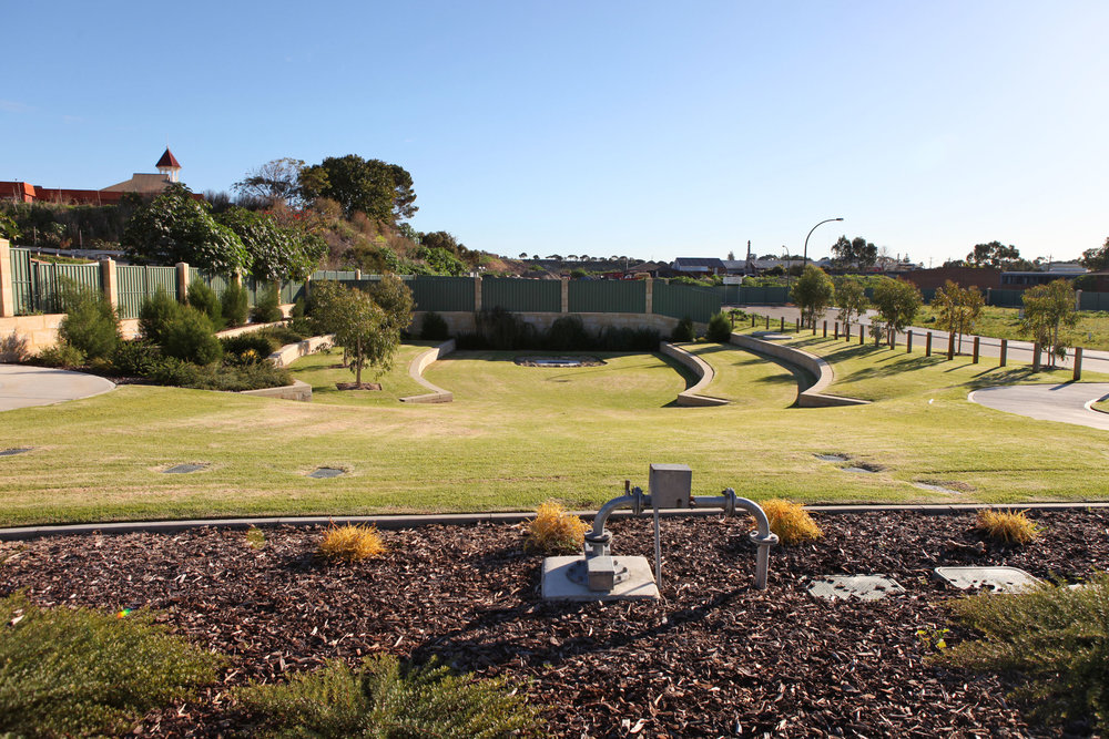 Fig 28: Small park in South Fremantle with no useable infrastructure