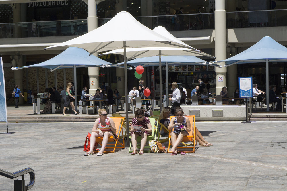 Figs 8, 9: Shade and deck chairs in Forrest Place