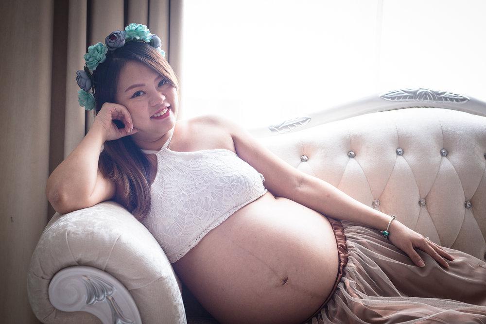 Maternity Shoot_1193.jpg