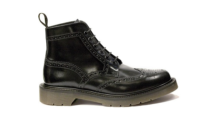 Dr-Who-Loake-Black-Smooth-Leather-Brogue-Boot.jpg