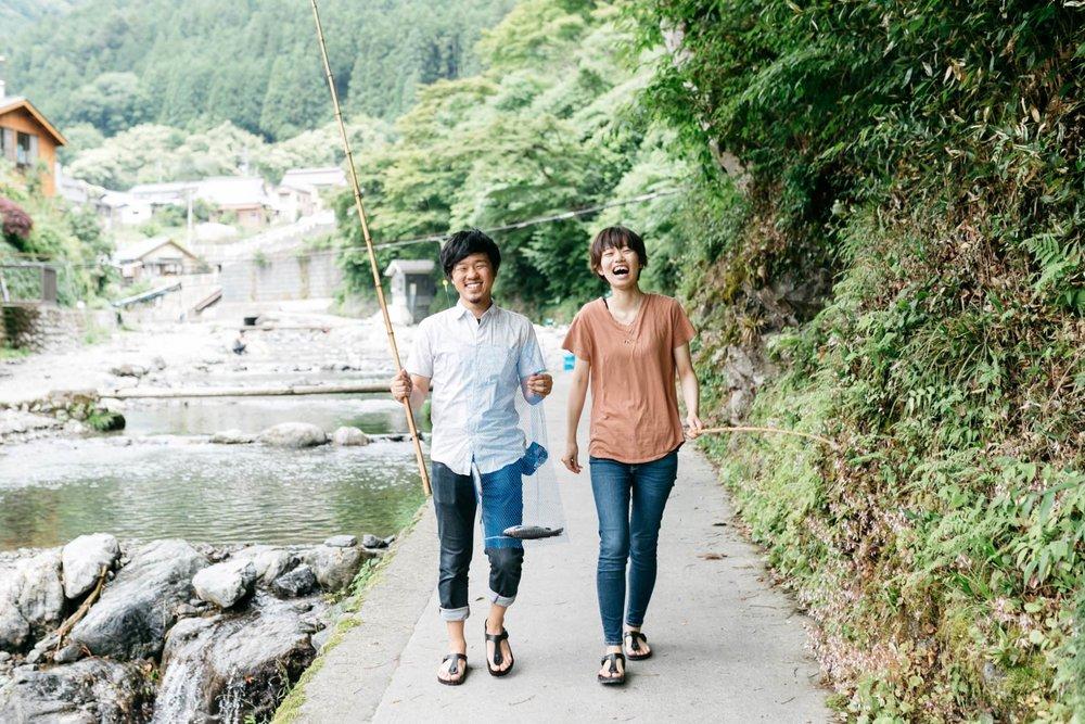 婚約者と川に遊びに出かけた時の一枚。