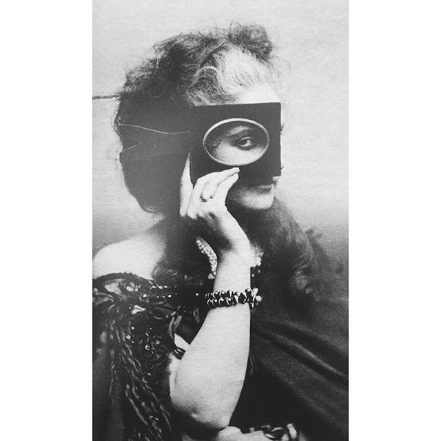 #inspiration #moncole #countesscastiglione #1800s #napoleonsmistress #hidingfromview #bespokeeyewear #handmadespectacles #glasses #madeinengland