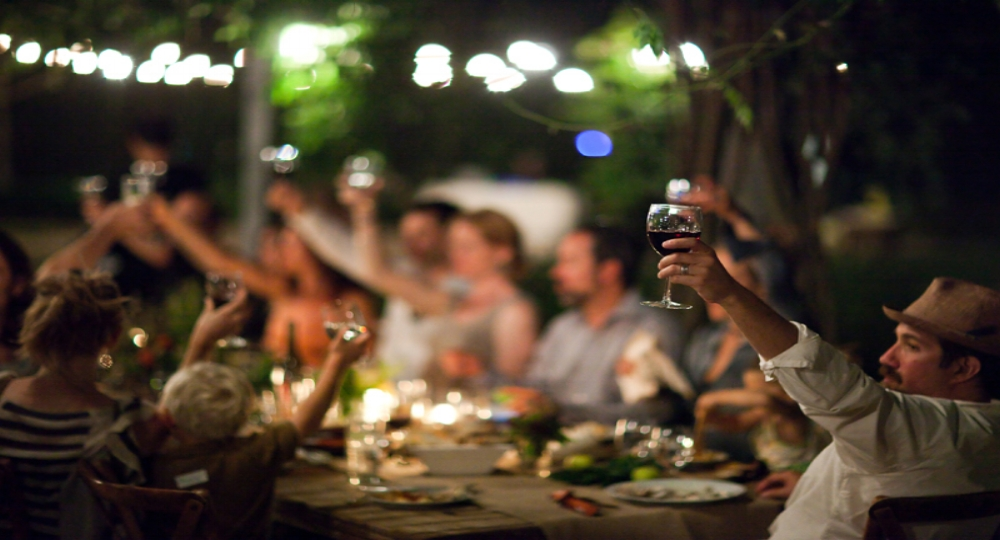 SOLD OUT Join us at the Piazza de Campovida to celebrate the Mendocino's crab, wine and beer fest! Enjoy four courses of local, seasonal foods paired with Campovida wines. $75 for wine club members / $85 for non members.  Book a room with us and make it a full weekend! Contact events@campovida.com to reserve your seat at the table and book a room!