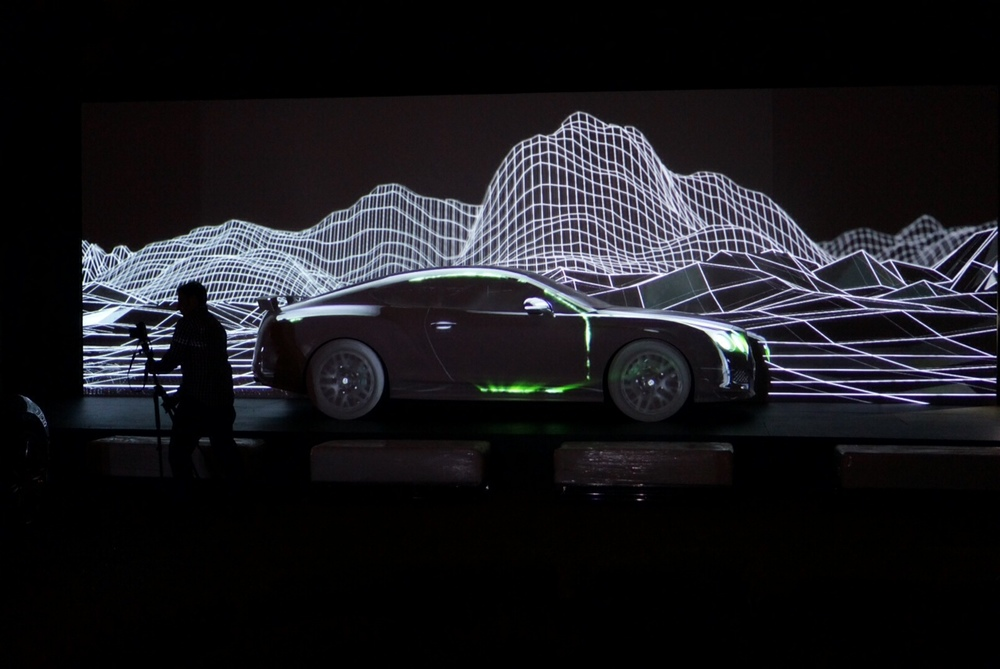 Tigrelab_Bentley_Projection_Mapping_01.jpeg