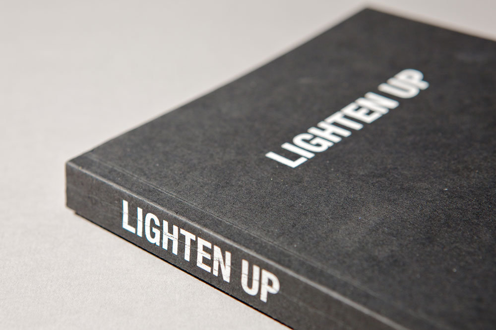 Luke-Thompson_Lighten-Up_02