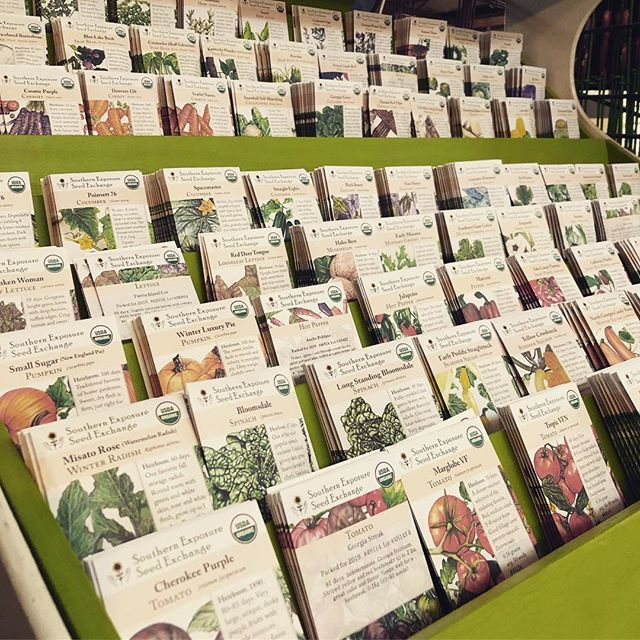 Our 2019 @southernexposureseed #organic seed packs have arrived! Now is the time to start your #tomatoes and #peppers indoors for this #spring . See you soon!